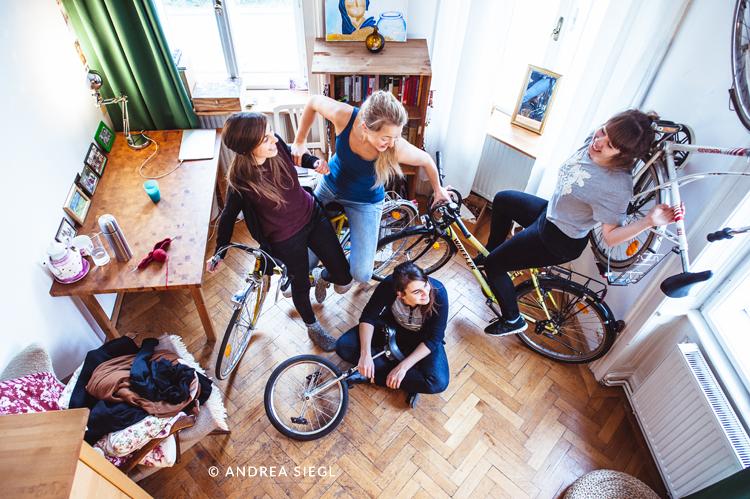 Vier Mädels-WG, Vogelperspektive, Foto: Andrea Siegl