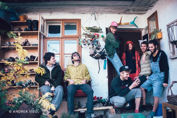 Bauernhof-WG Tresdorf, Gruppenfoto, Foto: Andrea Siegl