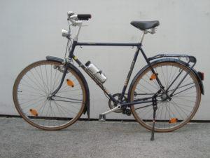 Unauffälliges System: Der Reibrollenmotor von Add-E macht aus dem alten Stadtrad einen Flitzer