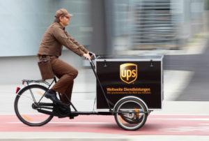 ups_zustellfahrrad_flott_unterwegs